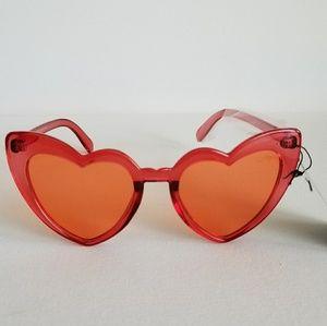 🚨LAST ONE🚨Cat Heart Eye Sunglasses